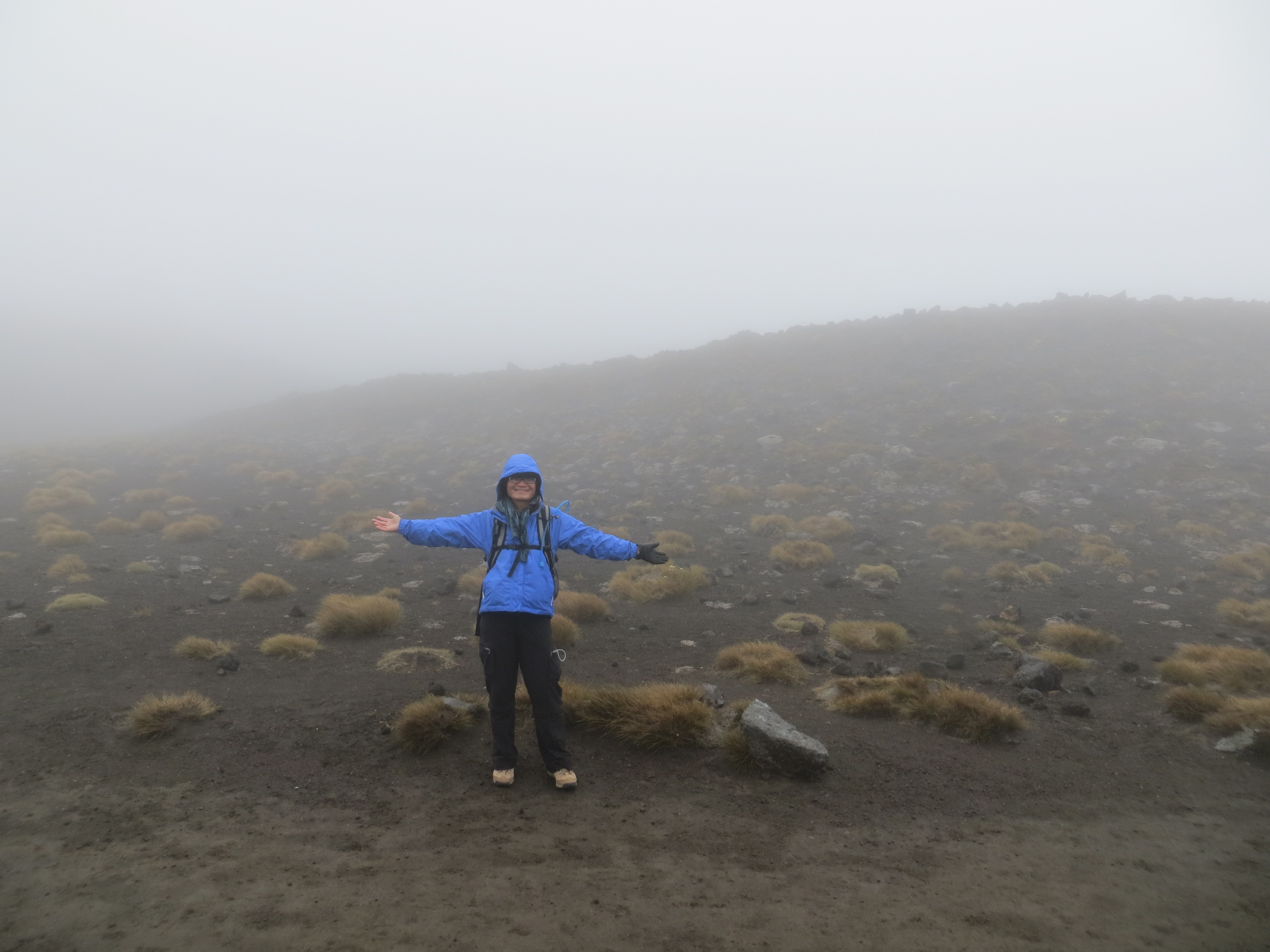 Tongariro hike best Mt Doom or Ngauruhoe is right behind me 2017-01-07 029
