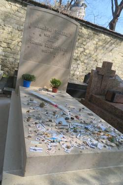 Paris 2018 Montparnasse cemetery Sartre and Beauvoir IMG_9343