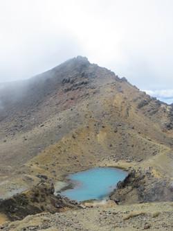 Tongariro hike best red crater at top and emerald lake below 2017-01-07 105