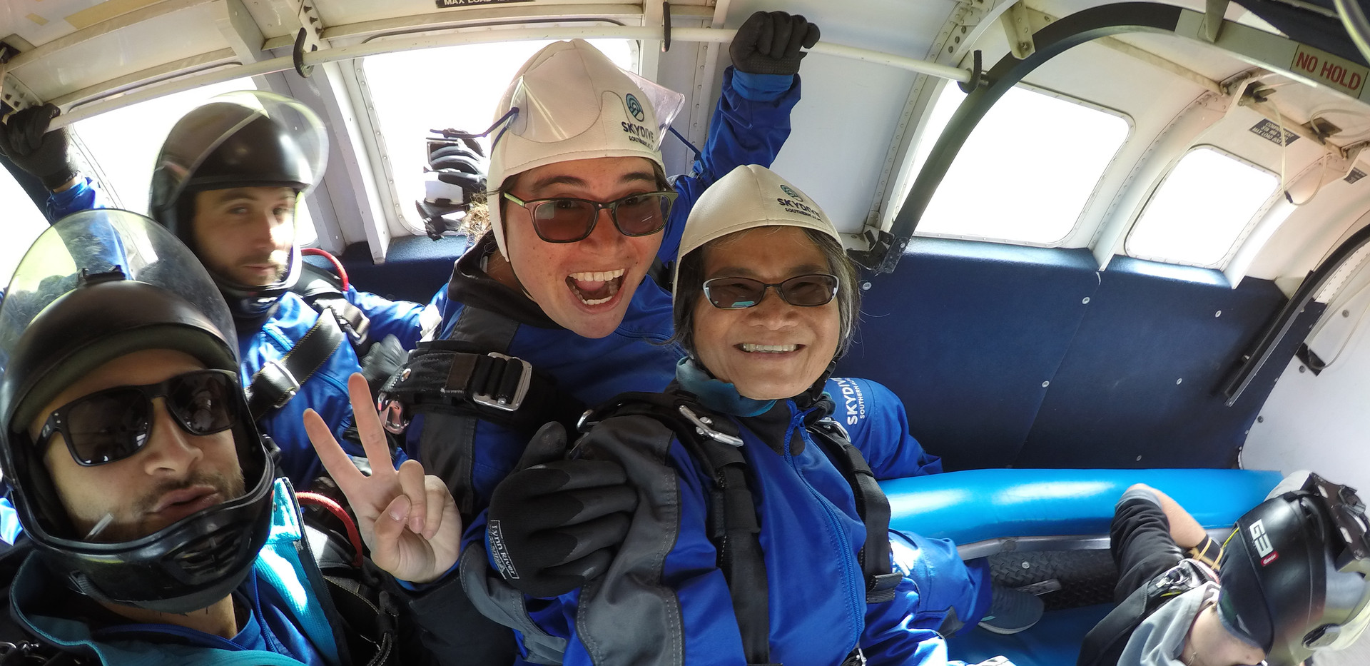 2019 skydiving Glenorchy New Zealand air