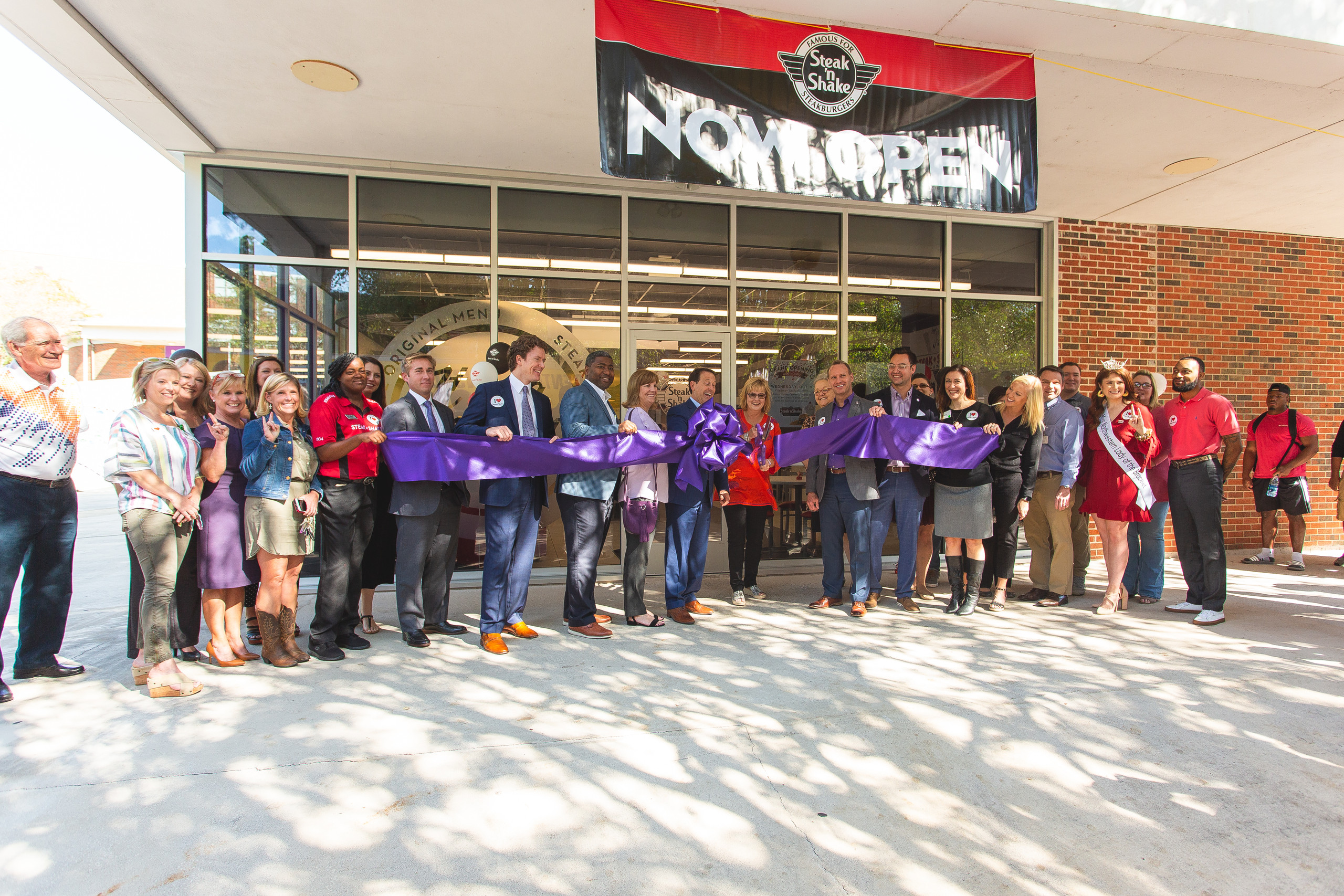 Ribbon cutting ceremony for Steak N Shake Natchitoches