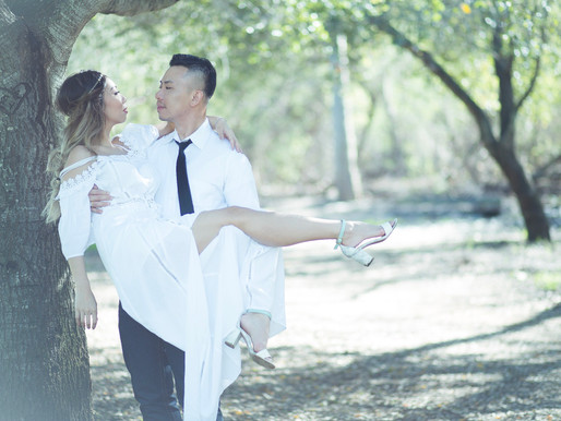 What is the best way to deal with the time of day for a wedding engagement photo session?