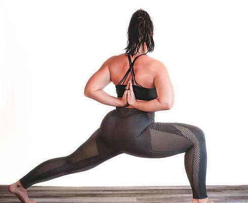 KEN yoga psoe.jpg