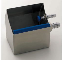 Cleaning sink with waterflow table top model