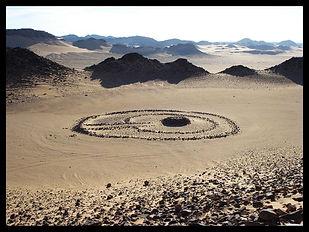 tumulus-sahara-desert.jpg