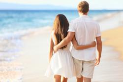 honeymoon-couple