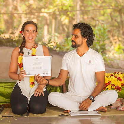 Sampoorna yoga, yoga teacher training
