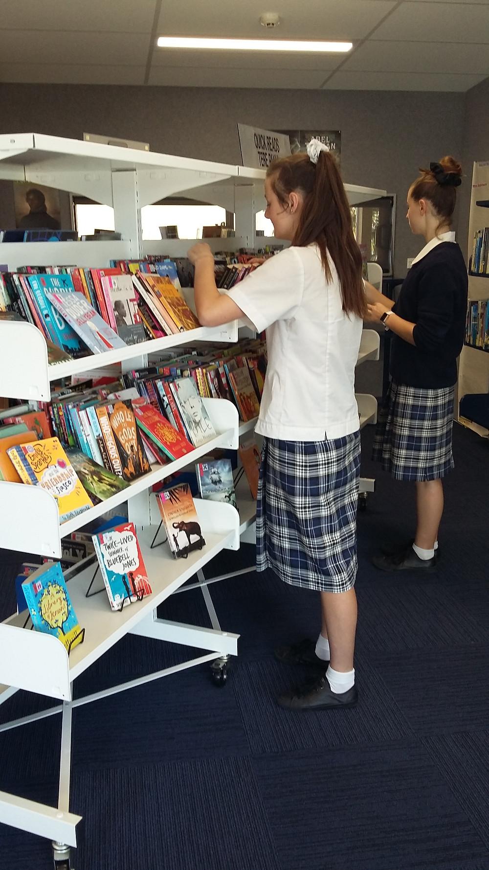 marlborough girls browsing