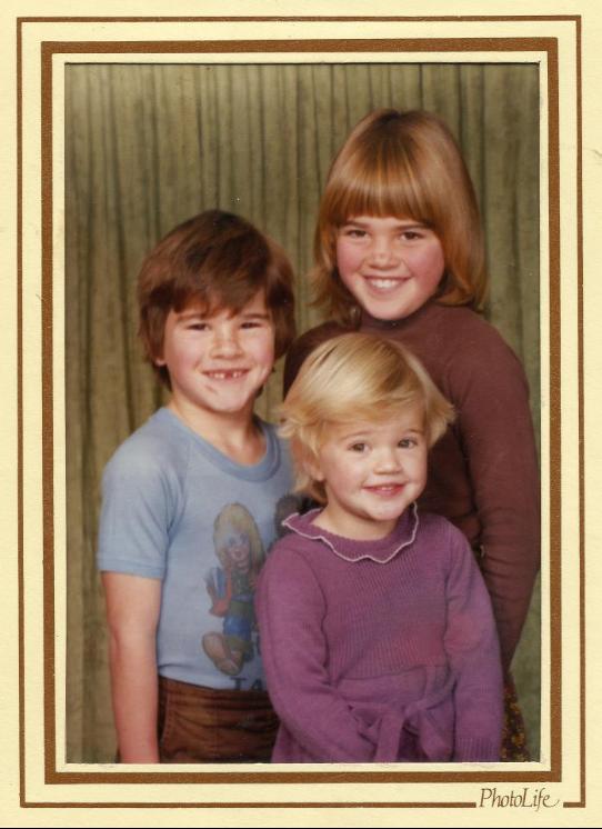 Cat Chapman and siblings