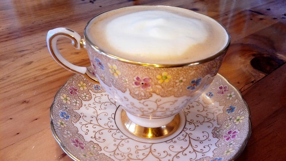 Juliette's grandmother's tea-set