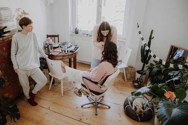 Getting-Ready-Braut-Frauen