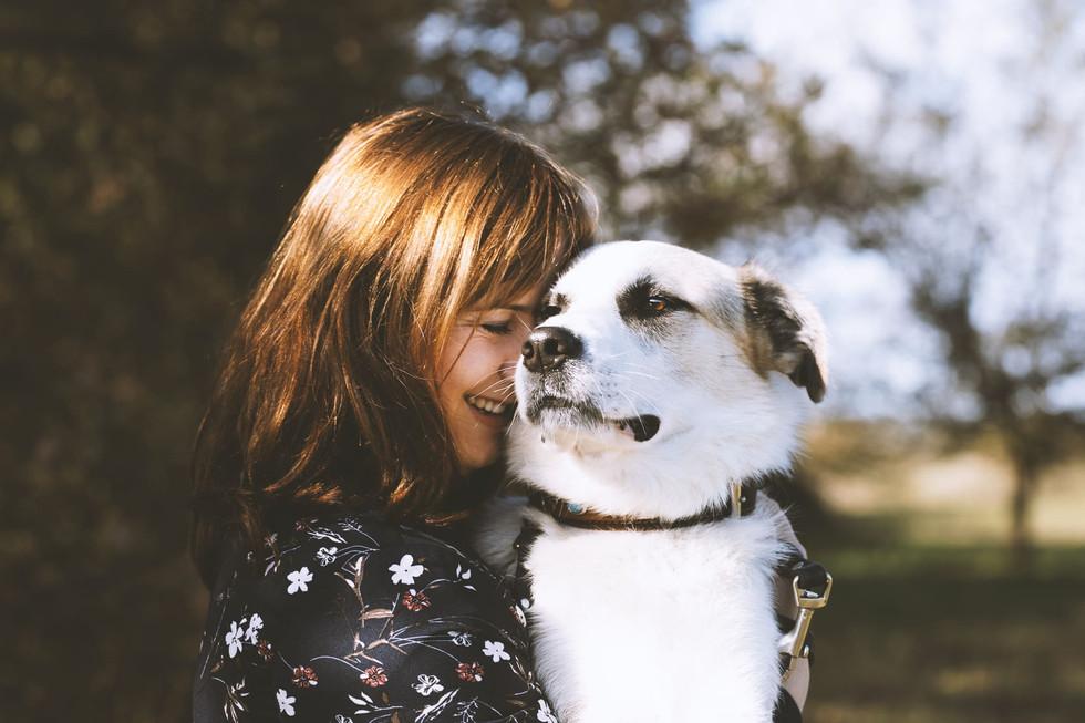 Frau-Hund