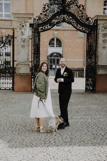 Hochzeit-Brautpaar-Frankfurt-Hund