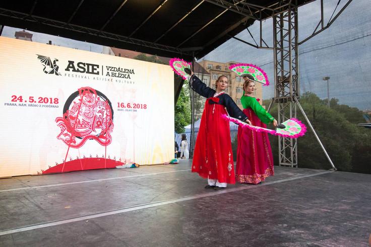 Asian (212 of 303).jpg