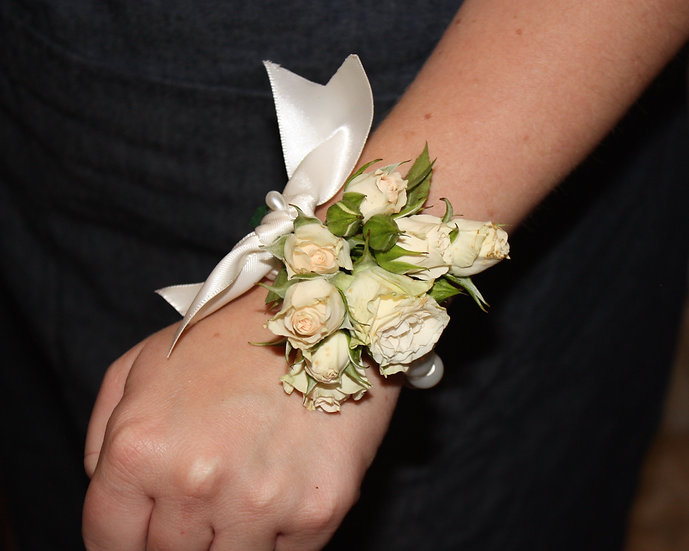 Baby Rose Wrist Corsage