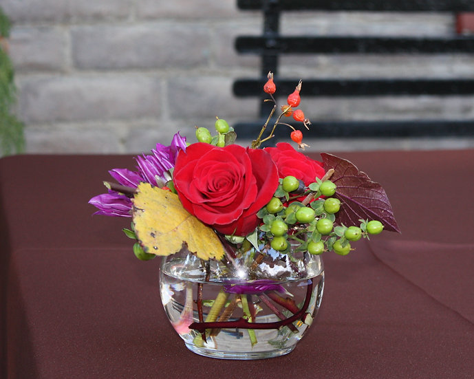 Small Table Arrangement in Glass Vase