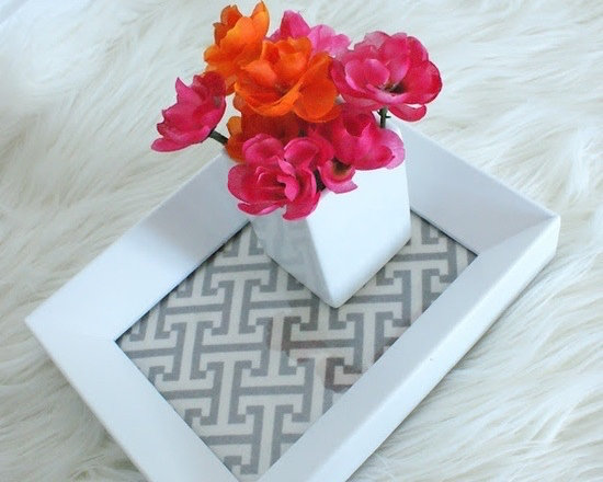 Abstract Table Arrangement
