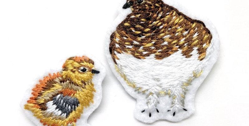 親子の雷鳥 手刺繍セットブローチ