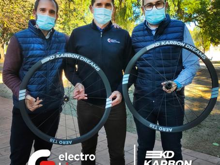 ELECTRO HIPER EUROPA Y KARBON DREAMS LLEGAN A UN ACUERDO DE COLABORACIÓN PARA LA TEMPORADA 2021.