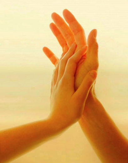 handen die aanraken.jpg