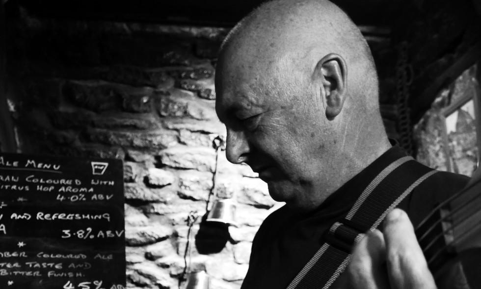 David Tweedale: Bass