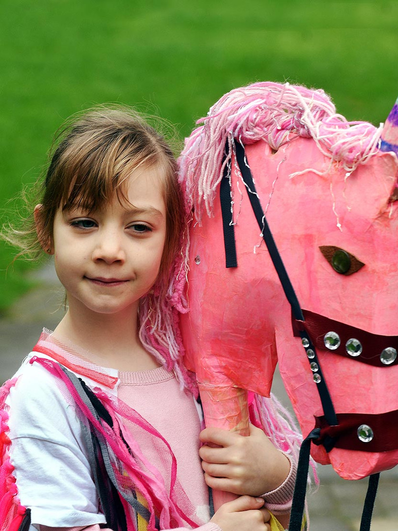 Yopungster with pink horse