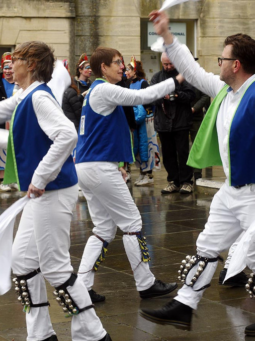 Blue and white dancers