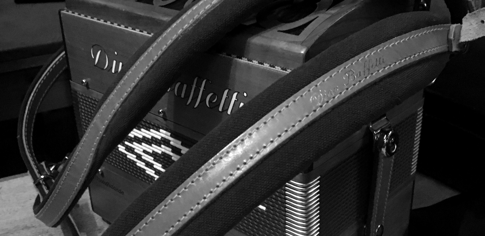 Robin's Melodeon resting