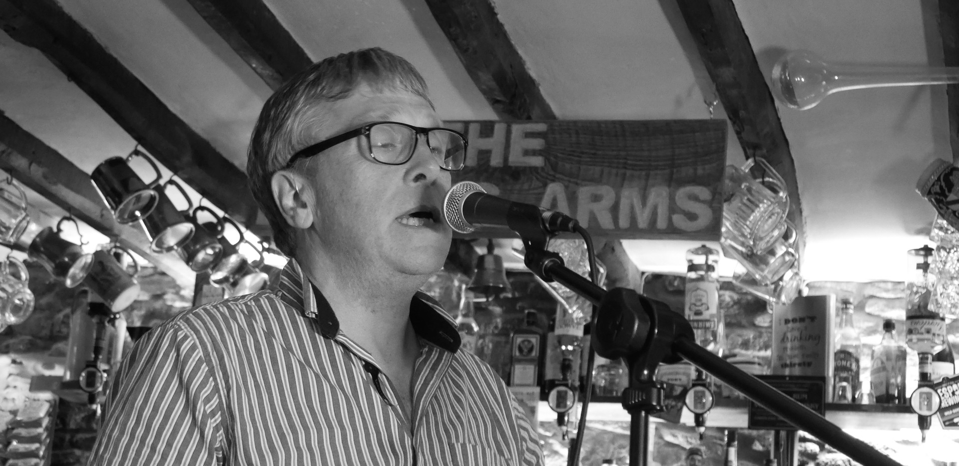 Robin Burton: Vocals and Melodeon