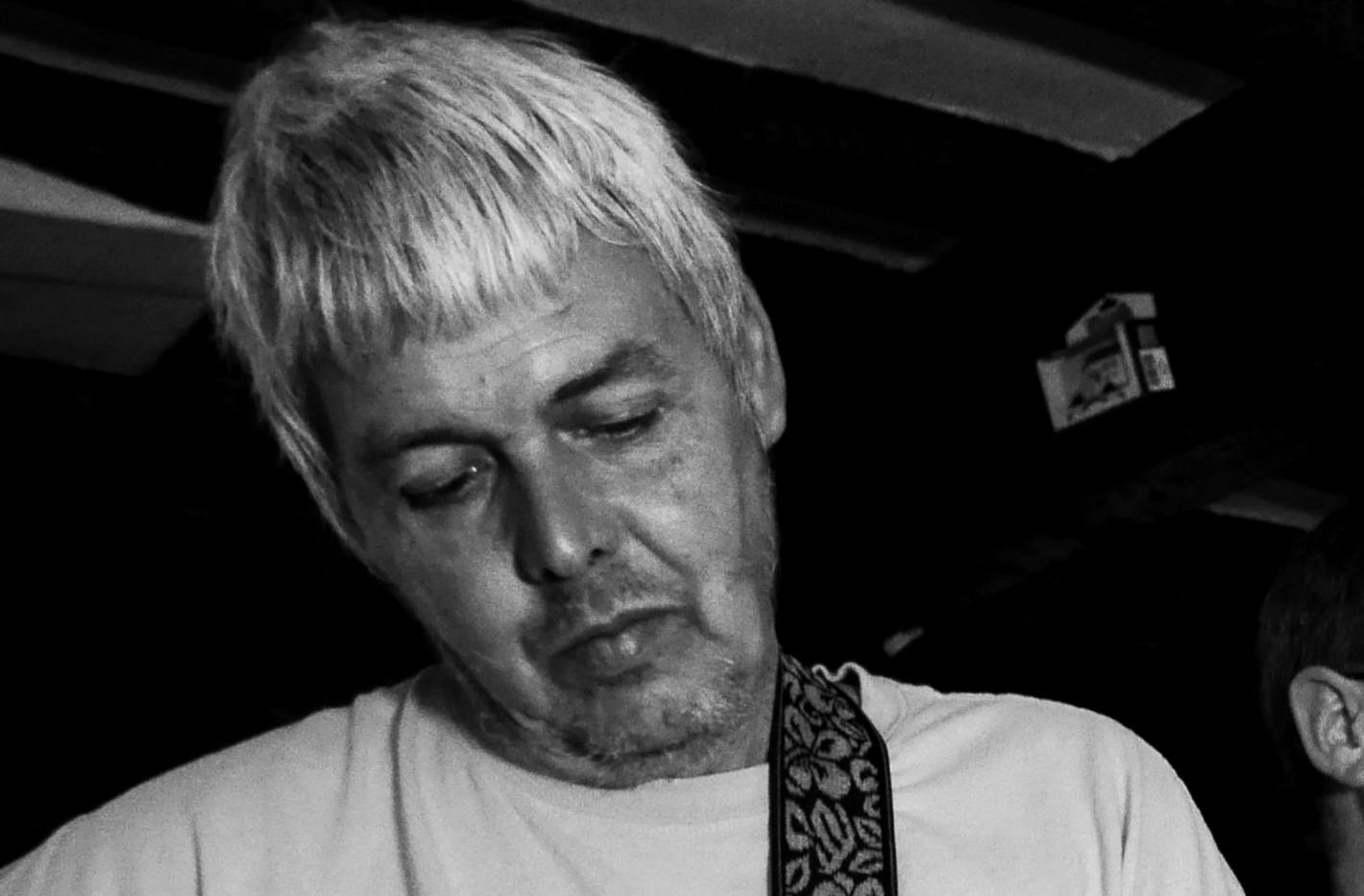 Gary Brooks: Guitar and Vocals