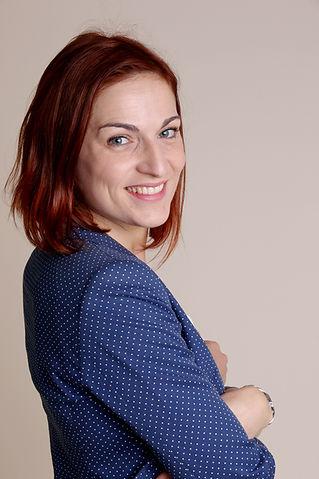 Deborah Schoni, orthopédagogue, aide aux éducatrice, enseignante, adaptation scolaire, soutien