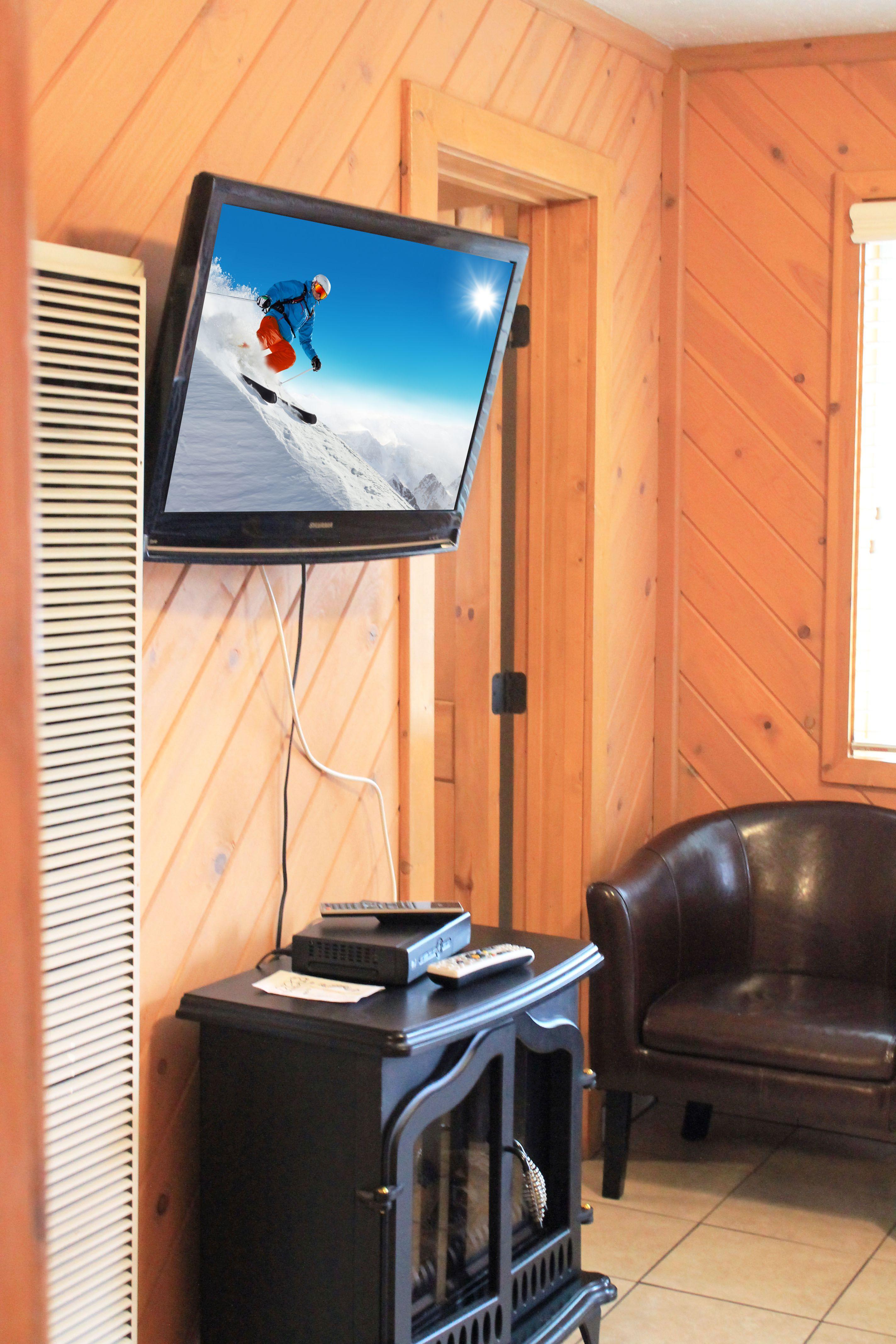 TV w. TV