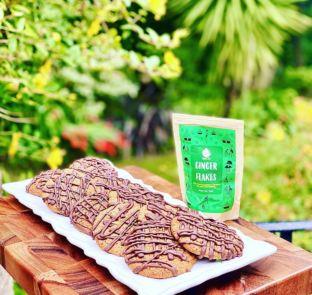 Gooey Ginger Oat Cookies with a Chocolate Drizzle - image courtesy of @zarskitchen