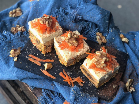 RAW TURMERIC CARROT CAKE ⠀