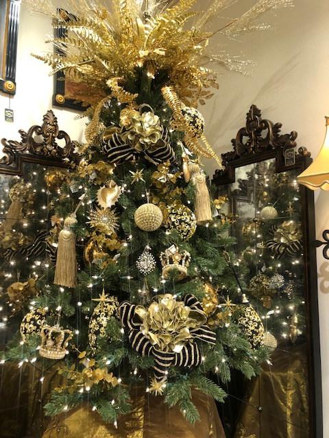 Santosha Designz: Holiday Decor