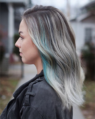 """""""Waves come crashing down"""" 🌊 #bookwithlacey for a color through the month of March and receive complimentary style and mini-shoot 💁🏼♀️📸 #ha"""