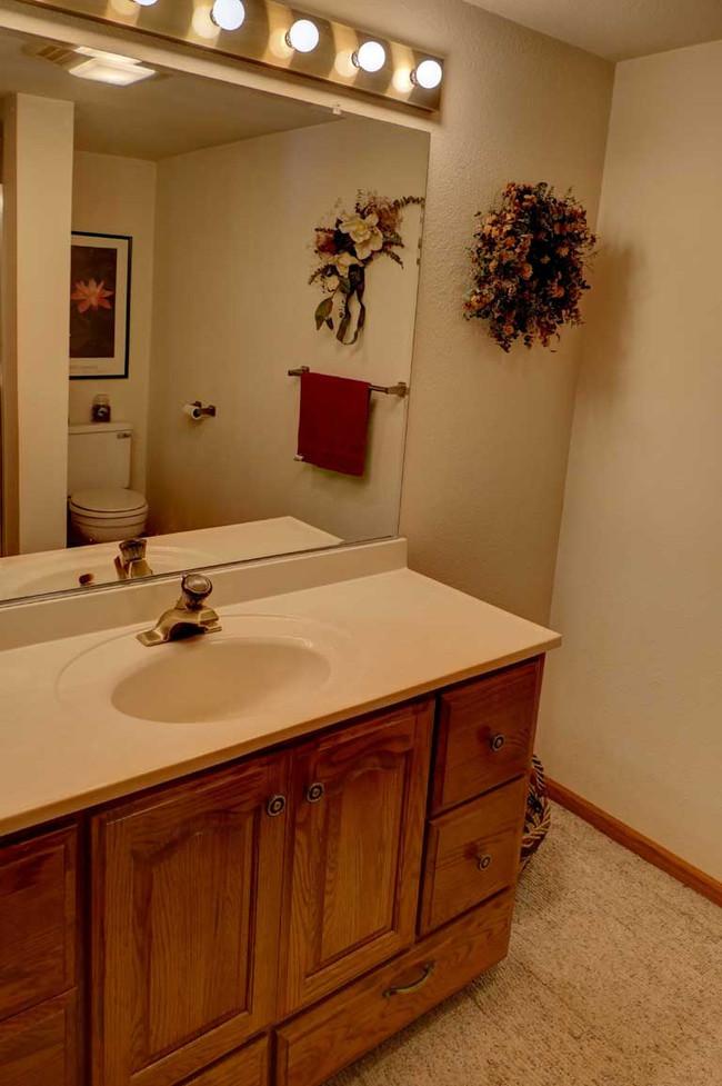 lowerbath.jpg