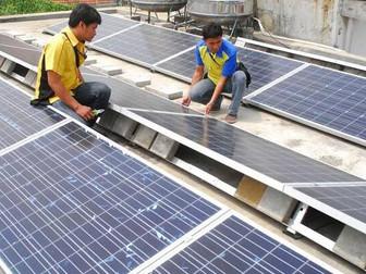 Mendorong Energi Hijau Melalui Atap