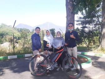 Tiga Mahasiswa Unpad Kembangkan Sepeda Listrik Tenaga Surya