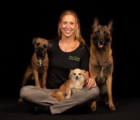 Spürhundeteam von Shirin Scheidegger