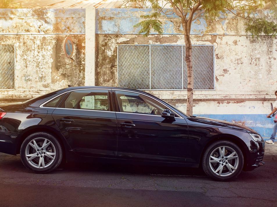 Audi Side