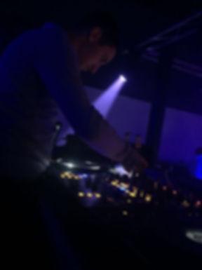 DJ KR-LOW.jpg
