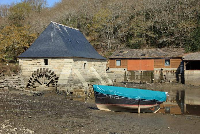 vieux moulin abandonné