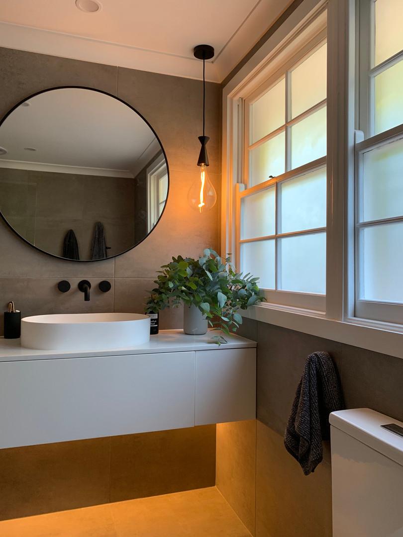Bathroom ligthing