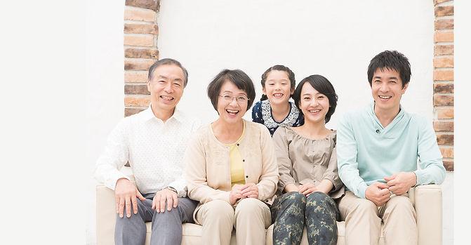 family_top.jpg