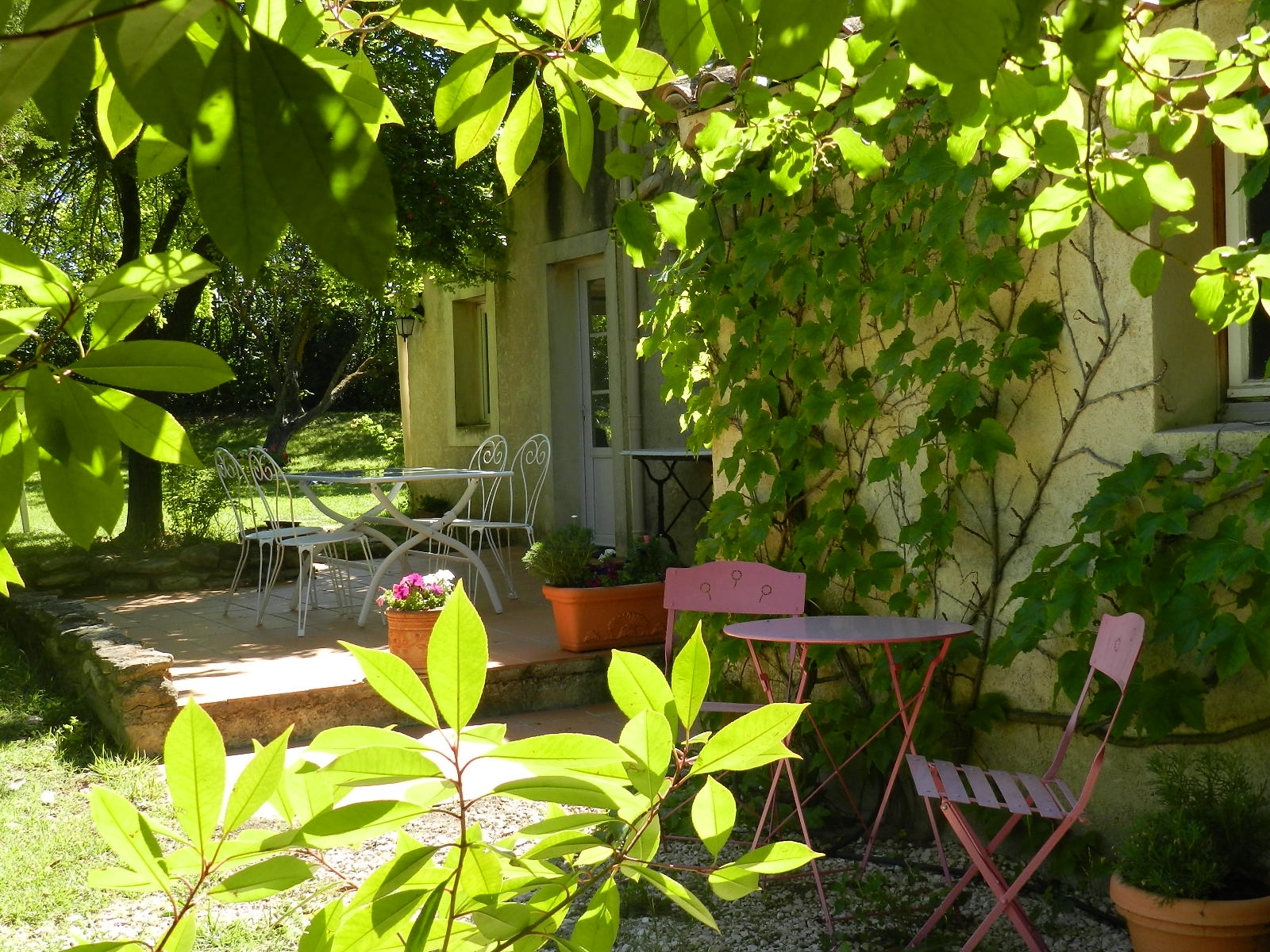 provence_sud_luberon_gîte_les_condamines_pertuis_appartement_terrasse