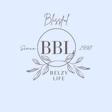 Logo creation for a blogger.