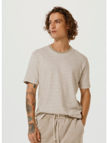 Camiseta Masculina Manga Curta Listrada Marrom