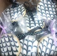 black white cookie swirl.png