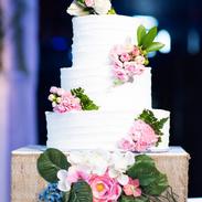 Joyce wedding cake.png